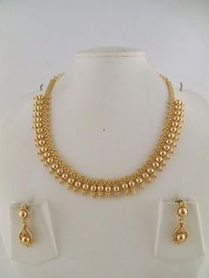 Jewellery Organizer Drawer despite Gold Necklace Set To Buy Indian Gold Necklace Designs, Pearl Necklace Designs, Gold Mangalsutra Designs, Indian Jewelry Sets, Antique Jewellery Designs, Gold Earrings Designs, Necklace Set, Indian Gold Jewellery, Indian Necklace