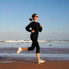 woman jogging Healthy Heart Tips 8ccfad4cba3bc