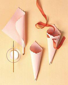 como hacer conos de papel molde