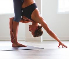lululemon makes technical athletic clothes for yoga, running, working out, and most other sweaty pursuits. Sri Prem Baba, Restorative Yoga Poses, Meditation, Yoga For Flexibility, Yoga Poses For Beginners, Beautiful Yoga, Yoga Fashion, Running Workouts, Yoga Challenge