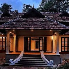 Luxury 4 Bedroom Clonial Contemporaray Villa Design with Free Plan - Free Kerala Home Plans Architect Design House, Simple House Design, Bungalow House Design, Modern House Design, Village House Design, Kerala House Design, Village Houses, Indian House Exterior Design, Kerala Traditional House