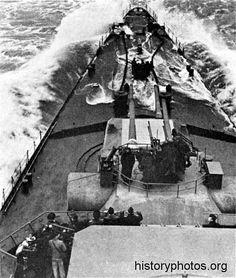 History of the German heavy cruiser Prinz Eugen, warship of the Kriegsmarine, the German Navy in World War II. Heavy Cruiser, Battleship, Photo Archive, Historical Photos, World War Ii, Ww2, Military, English Channel, Cruises