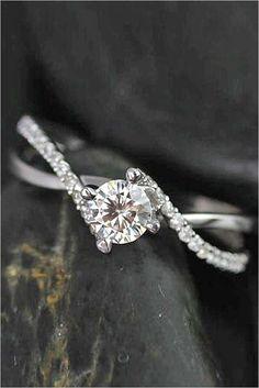 Simple Engagement Rings (45)