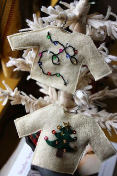 RagingWool: Ugly Christmas Sweater Ornaments. #feltcrafts #feltornaments