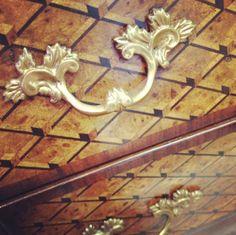 Gorgeous handle detail #theodorealexander via instagram.com/theoblog