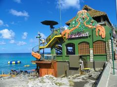 Montego Bay, Jamaica Jimmy Buffett's Magaritaville Nov 2011 Photo by J.S. Petralito