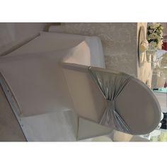 Couverture pour chaise de banquet et accessoires