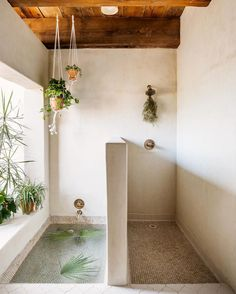 Traditional Home Remodel Bathroom with shower and sunken bath side by side at The Posada Inn: An Incredible Hide-away In The Saguaro National Park Interior, Sunken Bath, Scandinavian Home, My Scandinavian Home, Trending Decor, Bathrooms Remodel, Bathroom Decor, Beautiful Bathrooms, Bathroom Inspiration
