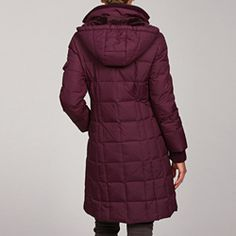 @Overstock - This jacket from Tommy Hilfiger features slimming quilting and a removable hood lined in plush valboa. Knit storm cuffs and a chunky rib knit collar add extra style to this down-filled coat.http://www.overstock.com/Clothing-Shoes/Tommy-Hilfiger-Womens-Hooded-Down-filled-Jacket/5230223/product.html?CID=214117 $74.99