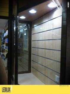 Sustitucion tubos tradicionales por tecnologia LED  Ahorro del 80%  www.ledilux.com iluminacion led