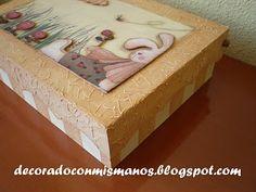Patchwork y algo más. Madrid.: Caja de madera con texturas y decoupage en relieve