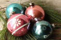 Vintage Glass Christmas Bulbs  Vintage by PhoebesTreasureChest