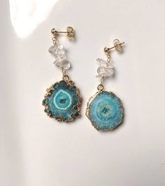 24 k Gold dipped aqua natural geode slide druzy earrings. Combination with clear crystal. Jewellery Earrings, Jewelry, Blue Gemstones, Gold Dipped, Clear Crystal, Aqua Blue, Natural Stones, Etsy Shop, Pearls