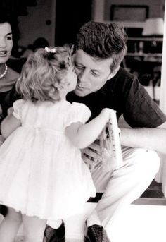 In this 1959 file photo, Caroline Kennedy kisses her father, then Senator John F. Kennedy, as her mother Jacqueline looks on, in their residence in Washington DC. Image from Jacqueline Kennedy's Audio Tapes: 'John John' Says 'He's Gone to Heaven' Caroline Kennedy, Jacqueline Kennedy Onassis, John Kennedy, Les Kennedy, Carolyn Bessette Kennedy, Sweet Caroline, Jaqueline Kennedy, The Kennedy Family, Kennedy Town