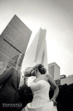#Wedding #portrait of the #bride and the #groom at #New #York City by #DominoArts #Photography (www.DominoArts.com)