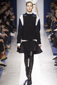2015-16秋冬プレタポルテコレクション - サカイ(SACAI)ランウェイ|コレクション(ファッションショー)|VOGUE JAPAN