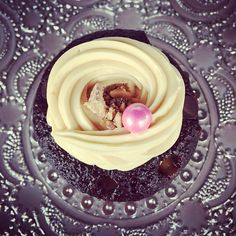 See the flavors, cupcakes, cakes and more that we offer. From the Chaz Dean Signature Cupcake to our elegant two tier wedding cakes. Gourmet Cupcakes, Yummy Cupcakes, Cupcake Cookies, Chocolate Dreams, Food Industry, Cakes And More, Dean, Wedding Cakes, Snacks