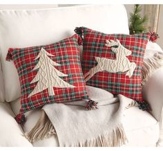 Most up-to-date Free of Charge christmas Sewing ideas Concepts Super diy christmas pillows xmas ideas Christmas Sewing, Plaid Christmas, Diy Christmas Gifts, Rustic Christmas, Diy Christmas Pillows, Christmas Quilting, Christmas Fabric, Christmas Christmas, Sewing Pillows