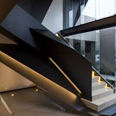 Nico Van Der Meulen Architects が手掛けた玄関・廊下・階段