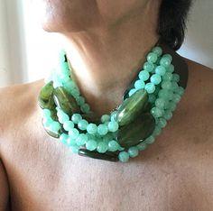 check-out 25576 da4f6 39 fantastiche immagini su Collana verde | Collana verde ...