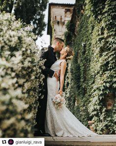 d5755cd7dcd0 Bellissimi! Scatto del fotografo Gianluigi Rava wedding photo photographer  sposi bride and groom matrimonio castello