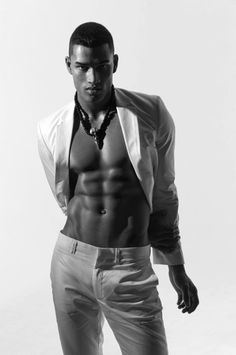 Rob Evans. INTERNATIONAL MALE SUPERMODEL. BOXER. # ANTM #FIERCEFRIDAY