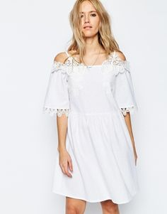 d3fade17eb630 How cute is this ASOS off the shoulder dress  White Off Shoulder Dress