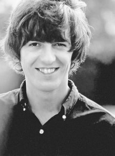 George Harrison so YOUNG here