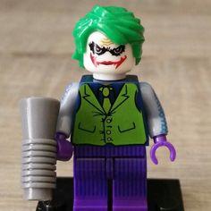 Why so serious? #joker (legoMini) y sus amigos llegan a casa por Navidad.