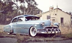 my kustom bomb | 1951 PONTIAC CHIEFTAIN DELUXE 2-DOOR SEDAN | stanceworks x adam's rotors