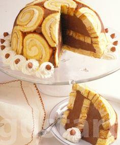 Receptek Lajos Mari konyhájából - Bombajó torta Hungarian Cake, Hungarian Recipes, My Recipes, Cookie Recipes, 3 Ingredient Cookies, Torte Cake, Cookies Ingredients, Easy Desserts, Desserts Nutella