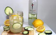 Skinny Sparkling Cucumber Lemonade: Low-Calorie Cocktail Recipe