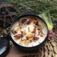 Witches Cauldron, Paella, Candles, Ethnic Recipes, Food, Essen, Candy, Meals, Candle Sticks
