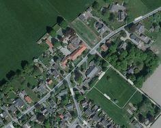 luchtfoto; nog met dorpshuis 'Gildehöfke Tremethe' en OBS 'de Gildeschool'.