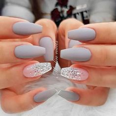 Accent nails: Increase your mani in 7 simple ways - Nageldesign - Nail Art - Nagellack - Nail Polish - Nailart - Nails Grey Matte Nails, Coffin Nails Matte, Best Acrylic Nails, Glitter Accent Nails, Matte Nail Art, Acrylic Nails For Summer Coffin, Acrylic Nail Designs Coffin, Coffin Acrylics, Simple Acrylic Nails