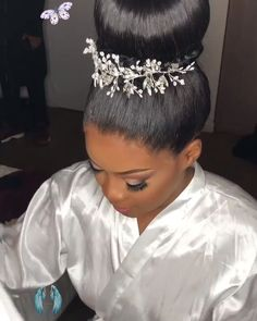 high bun wedding hairstyle  <br> Black Wedding Hairstyles, High Ponytail Hairstyles, Dope Hairstyles, Bride Hairstyles, High Bun Wedding, Short Wedding Hair, Wedding Updo, Red Wedding, Wedding Ideas