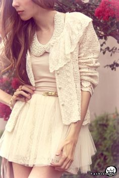 love the lace collar on the cardi!