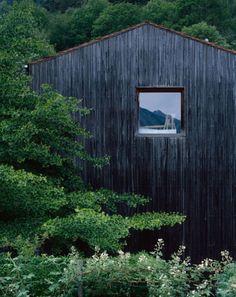 Peter Zumthor: Atelier, Haldenstein, Graubünden, 1986 Photo: Hélène Binet (2011) Via.