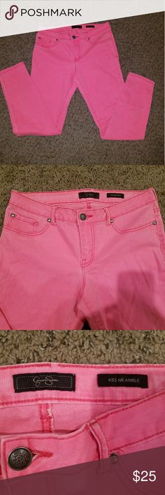 Jessica Simpson Pink Kiss Me Ankle Jeans Size 30 Jessica Simpson skinny jeans. Kiss me ankle. Size 30. Good condition. Pink! Jessica Simpson Jeans Skinny
