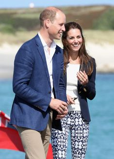 Kate Middleton Photos Photos - Prince William, Duke of Cambridge and Catherine…