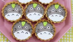 Drop Dead Cute - Kawaii for Sexy Ladies: Totoro Tart Making! Totoro, Dessert Kawaii, Kawaii Cooking, Cute Desserts, Japanese Sweets, Japanese Candy, Tart Recipes, Food Humor, Cute Cakes