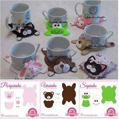 Dog mug rug Felt Diy, Felt Crafts, Fabric Crafts, Sewing Crafts, Diy And Crafts, Craft Projects, Sewing Projects, Felt Coasters, Felt Patterns