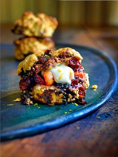 Christmas pudding scones recipe from @JamieOliver.