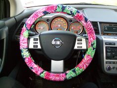 Lilly steering wheel cover