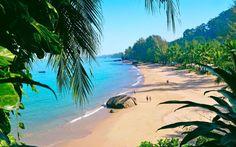 Khao lak est une station balnéaire de la côte ouest de la Thaïlande, située à 70km au nord de Phuket, sur la mer d'Andaman. Les trois intérêts de ce lieu sont ses plages, le port de Thap Lamu (qui mène tout droit aux Similan Island), et le parc national K
