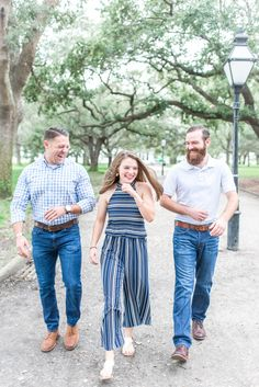 Young Sibling Photography, Brother Sister Photography, Father Daughter Photography, Brother Sister Photos, Father Daughter Photos, Brother Pictures, Sister Poses, Clothing Photography, Photography Outfits