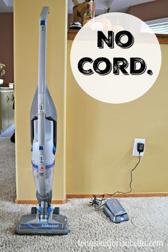House Cleaning Game Changer: Hoover Air 2-in-1 Vacuum Cleaner | #NoCordNoBull #CleverGirls ad