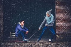 winter loveshoot slee sneeuw snow Fotocredit: FotoZee (http://fotozee.nl/) - Pinterested @ http://wedspiration.com.
