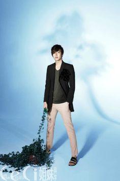 2012 Ceci CHINA (June) P6 of P8 Korean Actor as Brand Ambassador for INNISFREE