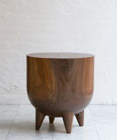 Locally Sourced and Salvaged – Wooden Stump Stools by Kieran Kinsella   OEN